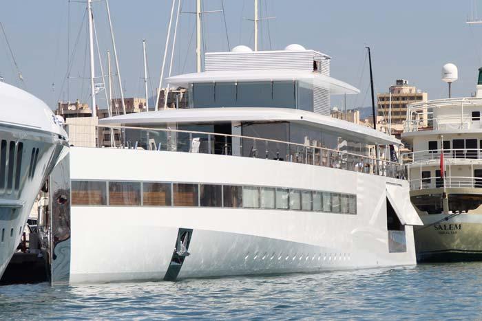 steve-jobs-yacht-1