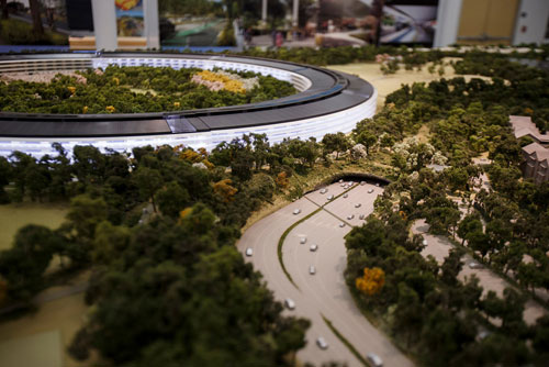 apple-hq-500
