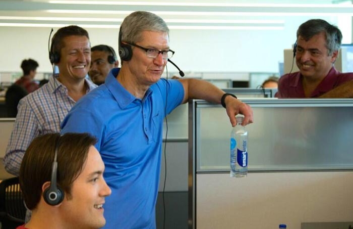 tim-cook-nike-fuelband