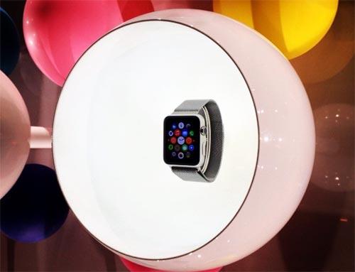 apple-watch-paris-500