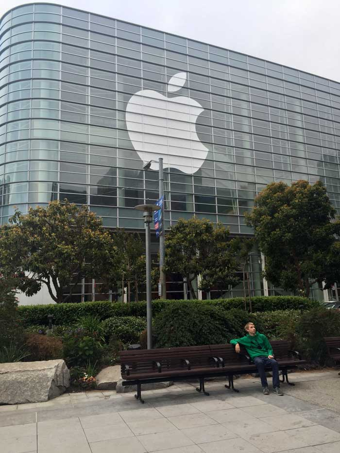 apple-moscone