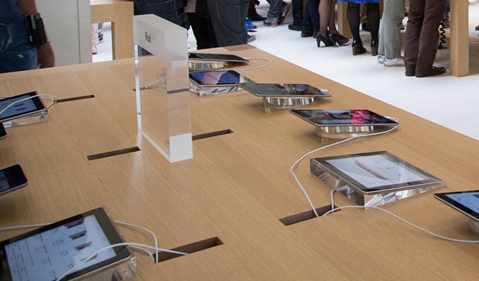 apple-store-smart-signs