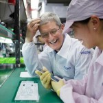 tim-cook-foxconn-500