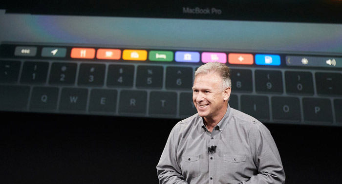 Phil Schiller Macbook Pro 700