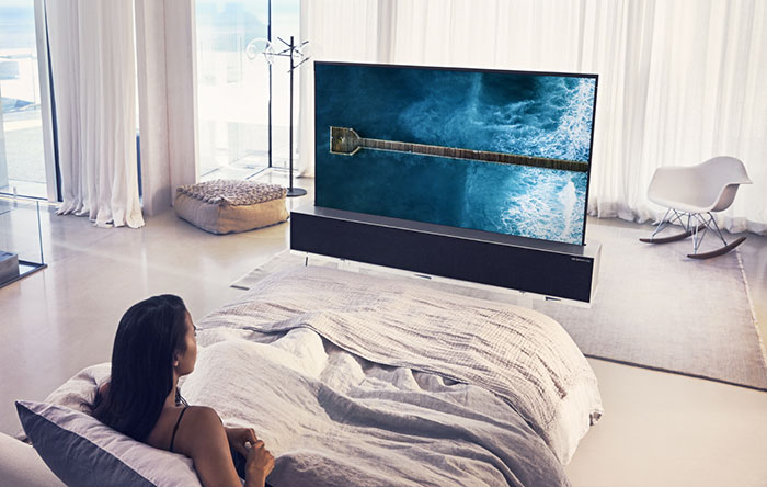 LG OLED TV R Rollable