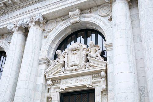 Apple Carnegie Libary Eingang
